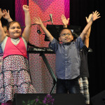 Kids praise too
